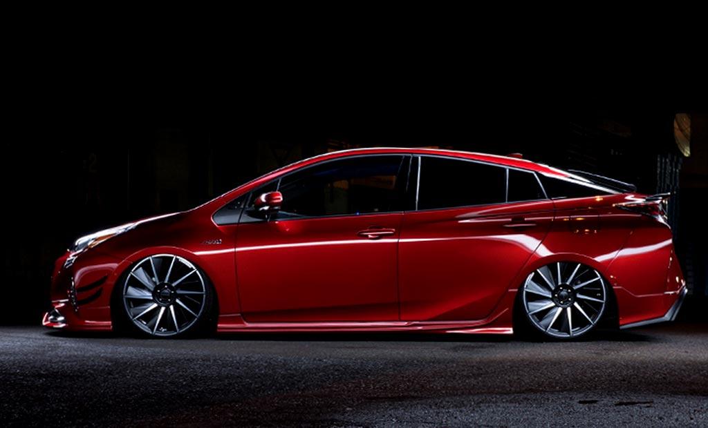 Обвес на Toyota Prius 4 от WALD