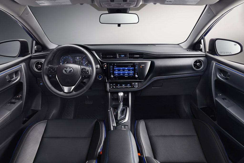 Фото салона Toyota Corolla E170