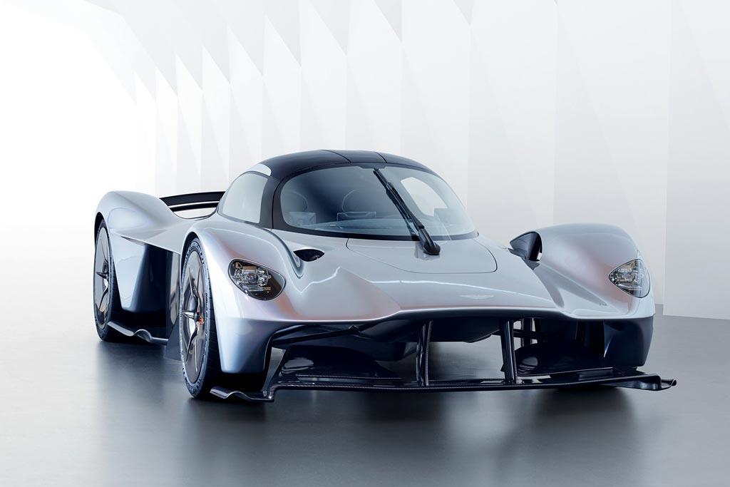 Фото нового Aston Martin Valkyrie