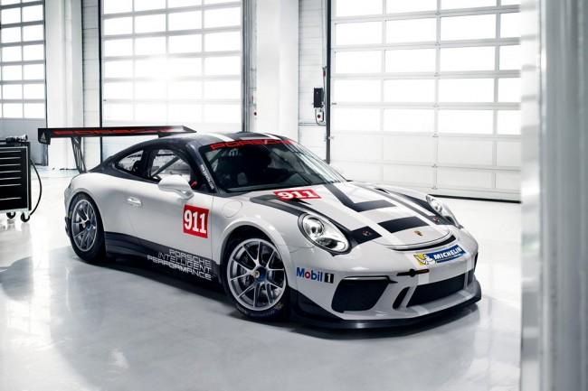 Гоночное купе Porsche 911 GT3 Cup