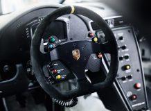 Фото салона Porsche 911 GT3 Cup