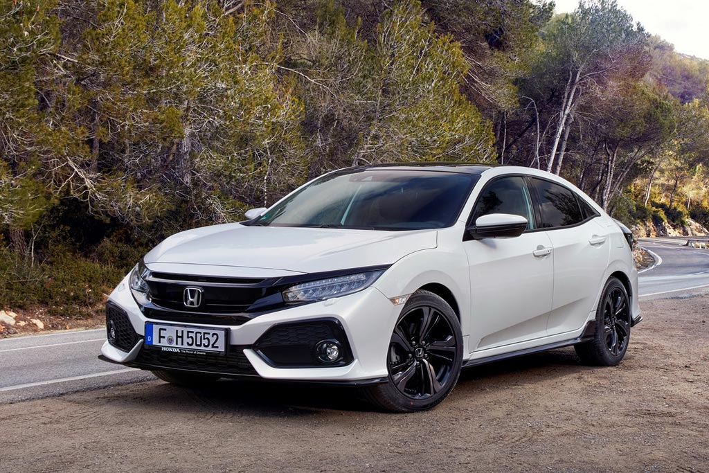 Honda Civic 5D 2017 года