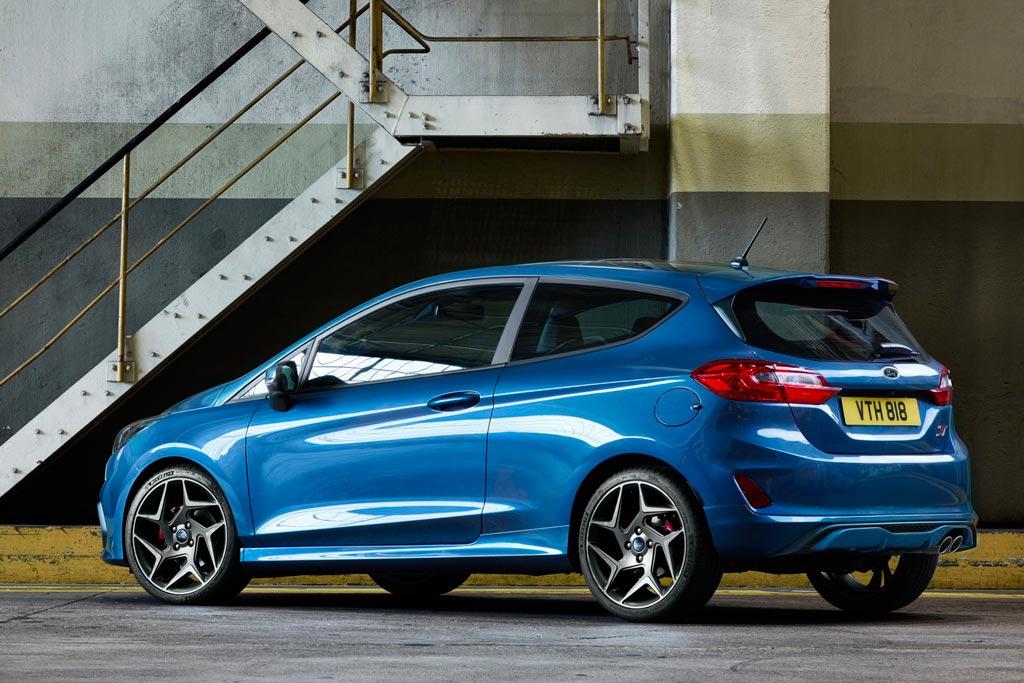 Ford Fiesta ST 2018 в новом кузове