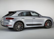Фото нового Porsche Macan Turbo Performance