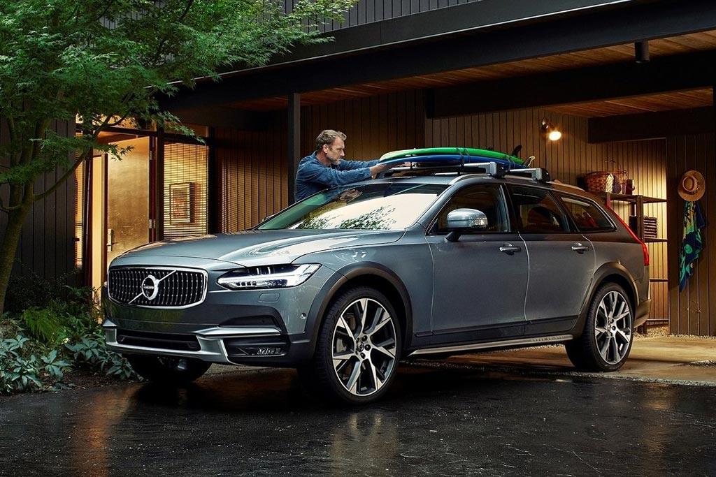 Вседорожный универсал Volvo V90 Cross Country