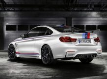 BMW M4 DTM Champion Edition фото