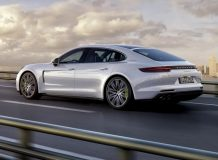 Фото нового Porsche Panamera 4 Executive