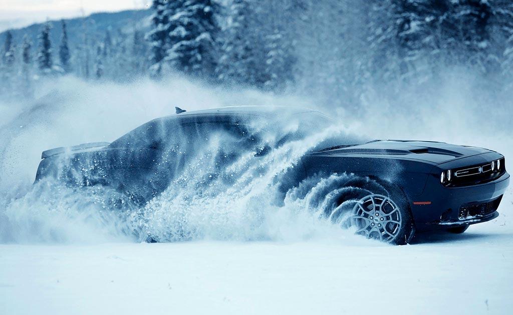 Фото Додж Челленджер GT с полным приводом