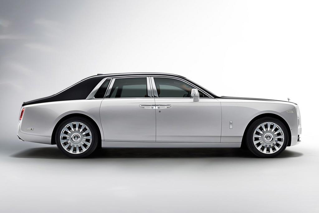 Новая модель Rolls-Royce Phantom 2018