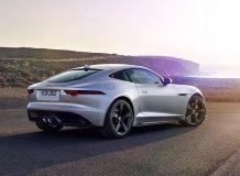 Фото нового Jaguar F-Type 400 Sport