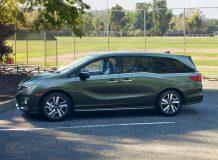 Фото новой Honda Odyssey 2018
