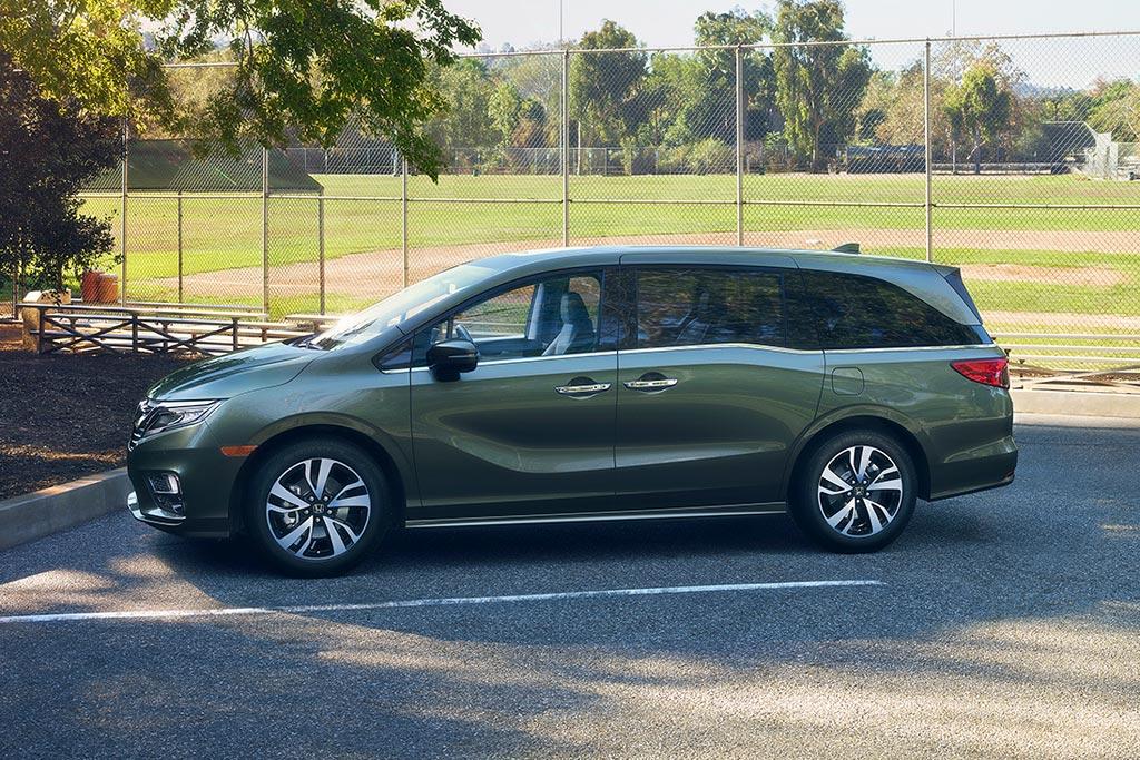 Новая Honda Odyssey 2018 для США