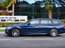 Новый BMW 5 G31 универсал 2017 фото