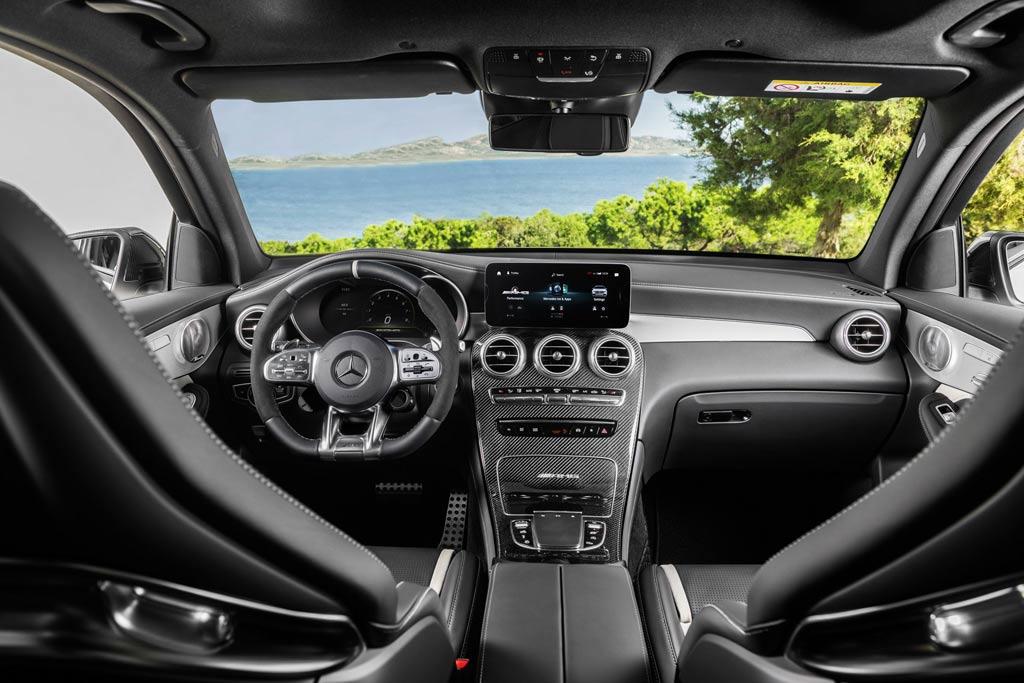 Салон Mercedes-AMG GLC 63 S