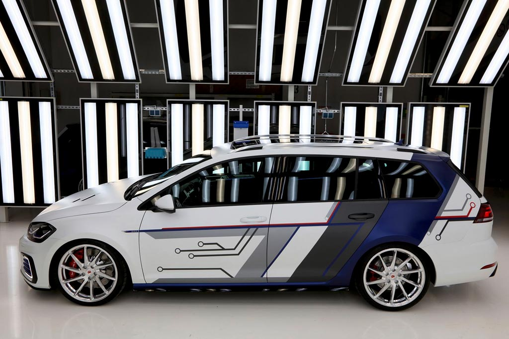 Volkswagen GTE Estate impulsE Concept