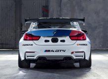 БМВ М4 GT4 фото