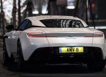 Новый Aston Martin DB11 V8 фото