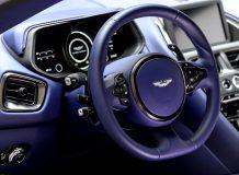 Фото салона Aston DB11 в версии V8