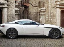 Фото нового Aston DB11 V8