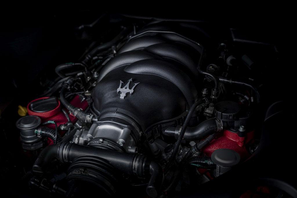 Двигатель Maserati V8