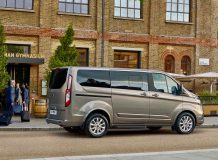 Фото Ford Tourneo Custom 2018