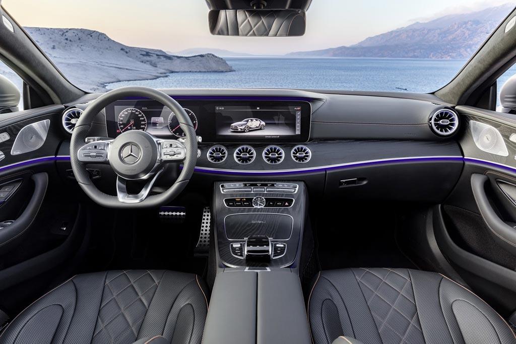 Фото салона Mercedes CLS 3 поколения