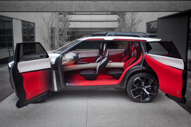 Салон концепта Nissan Xmotion