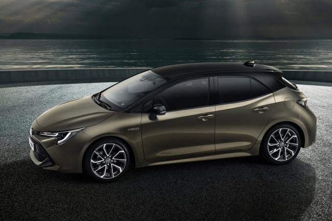 Новая модель Toyota Auris 3
