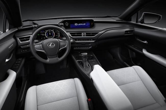 Салон Lexus UX