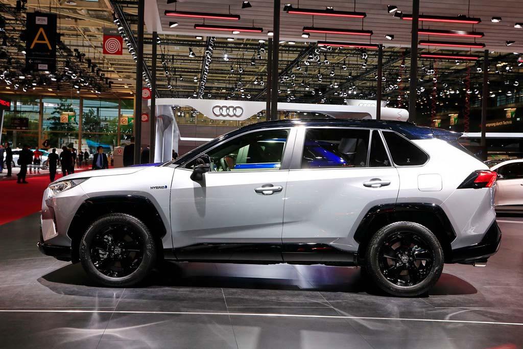 Новая Тойота RAV4