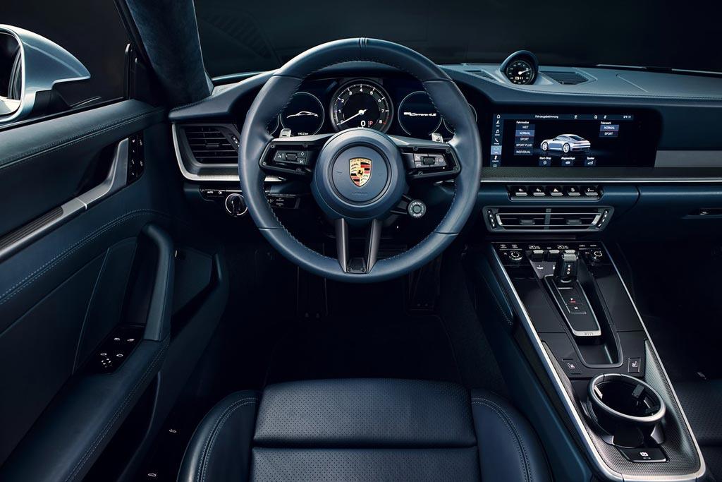 Салон Порше 911 Каррера 4S