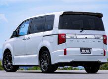 Mitsubishi Delica D:5 Urban Gear