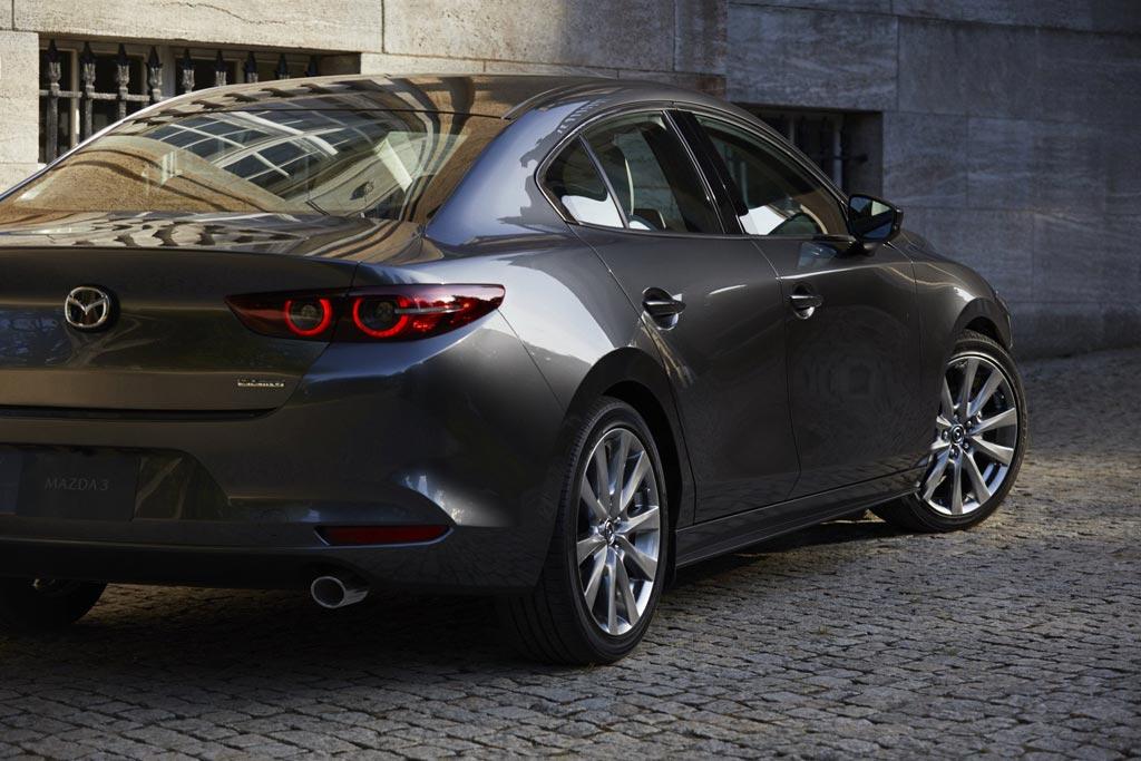 Mazda 3 седан 2019
