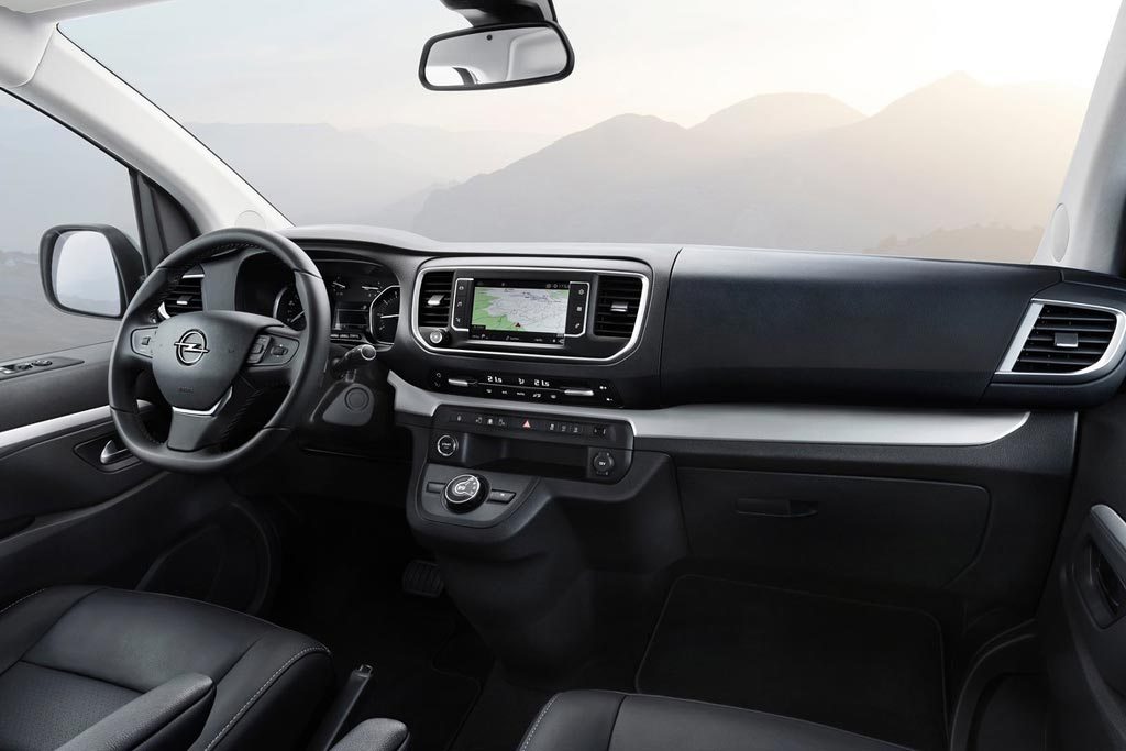 Салон Opel Zafira Life