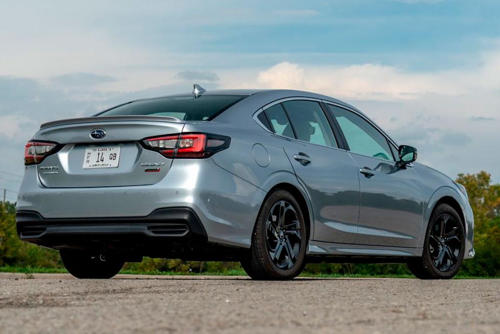 Subaru Legacy 2021 в новом кузове