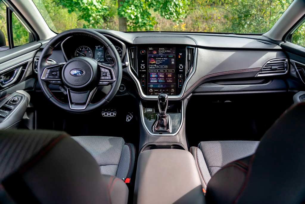 Салон Subaru Legacy 7