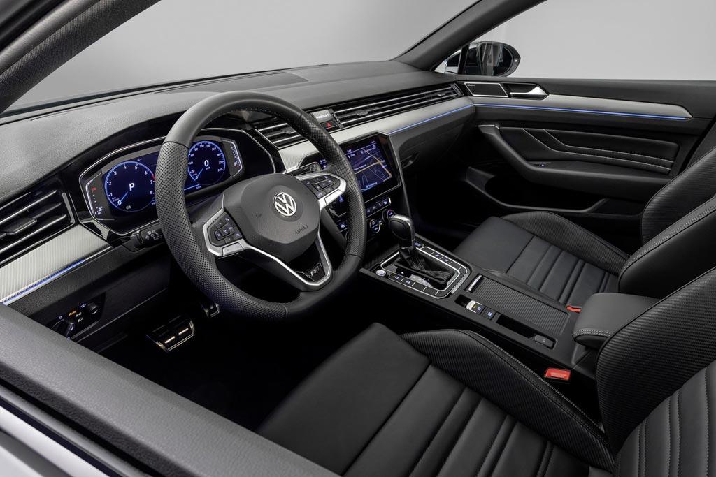 VW Passat Variant R-Line