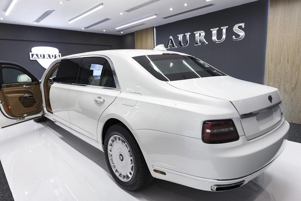 Aurus Senat L700