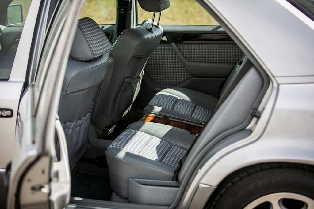 Mercedes E500