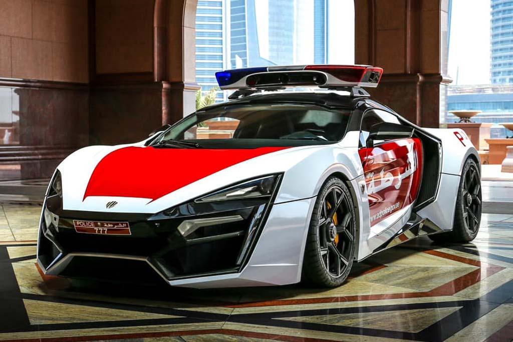 Полицейский Lykan HyperSport