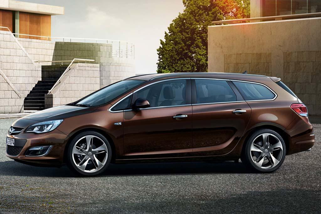 Opel Astra J Sports Wagon