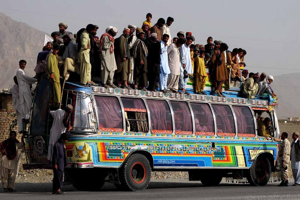 Автобус битком картинка