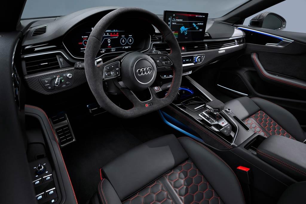 Салон Ауди RS 5 2020 года