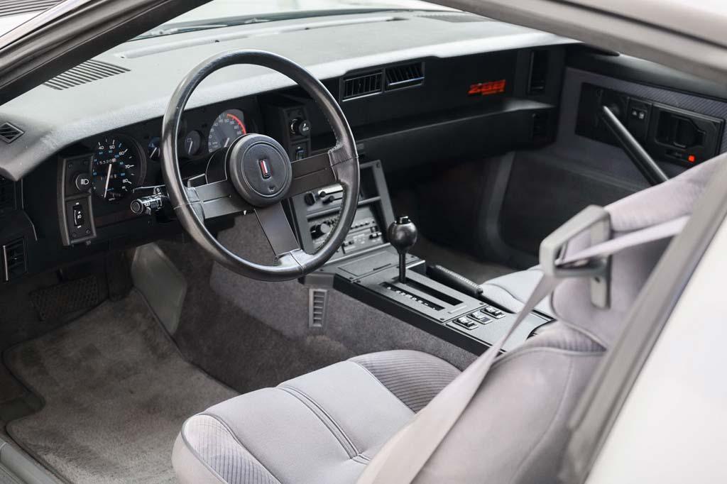 Chevrolet Camaro IROC-Z 1985