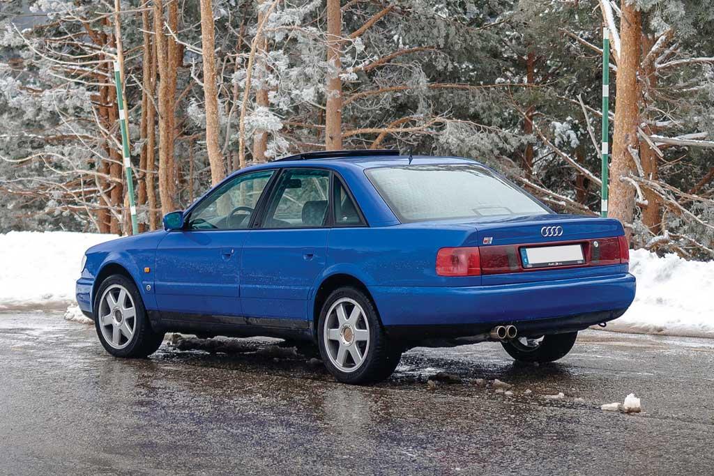 Audi S6 Plus (C4)
