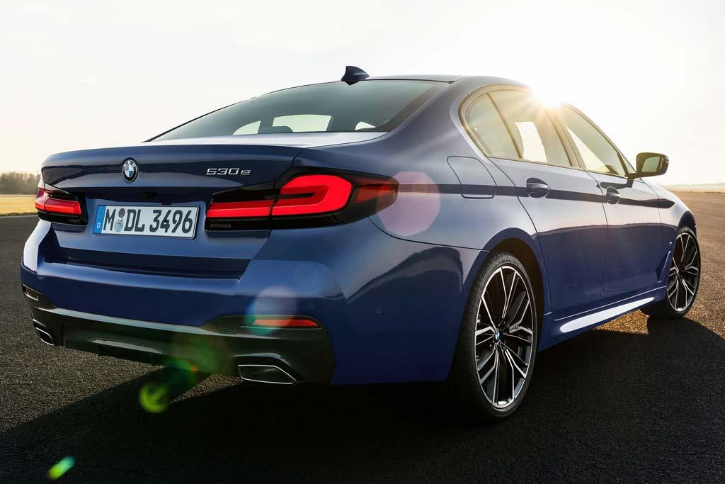 Не кроссоверами едины: премиальные седаны в сети дилерских центров «BMW БорисХоф»