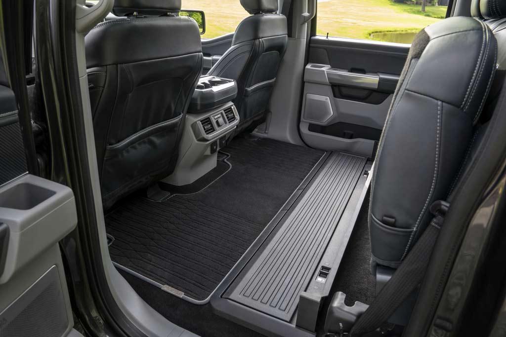 Куча различных модификаций: представлен новый пикап Ford F-150 2021 года