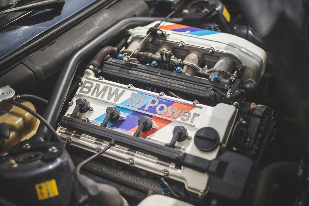 С молотка пустят BMW M3 Evo II 1988 года: эта машина в гараже не пылилась