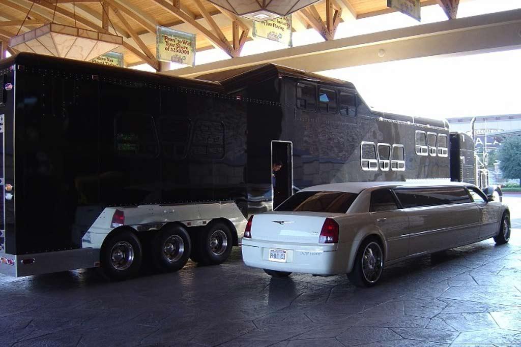 Midnight Rider: все лимузины померкли на фоне этого исполина