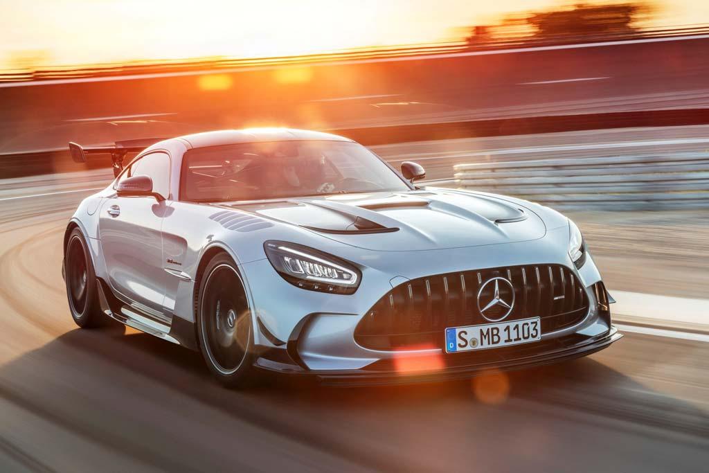 В России появился Mercedes за 35 млн рублей: налетайте